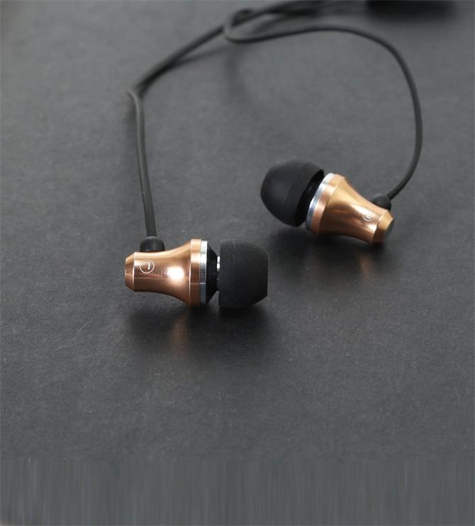 【金属耳机生产厂家】提升新耳机的音质方法