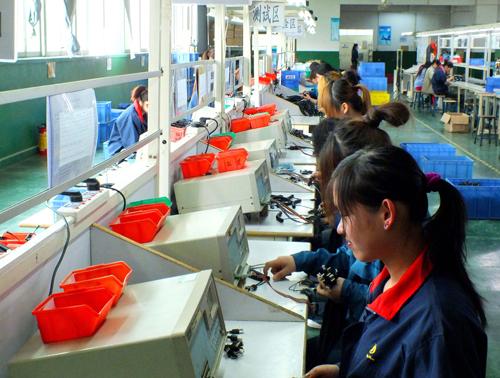 康动耳机生产厂家设备