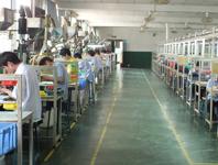 黄金城老网站耳机生产设备